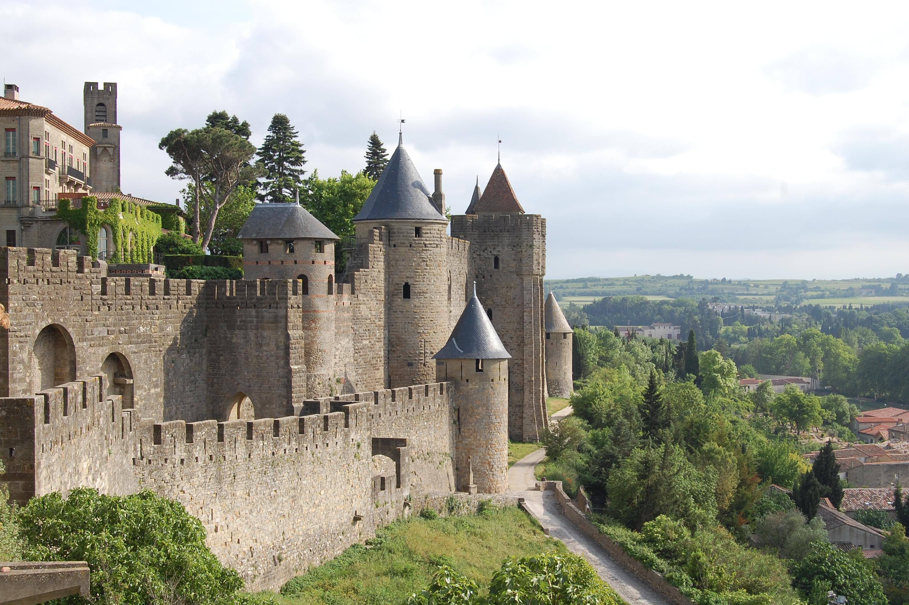 La cité de Carcassonne, ville fortifiée historique