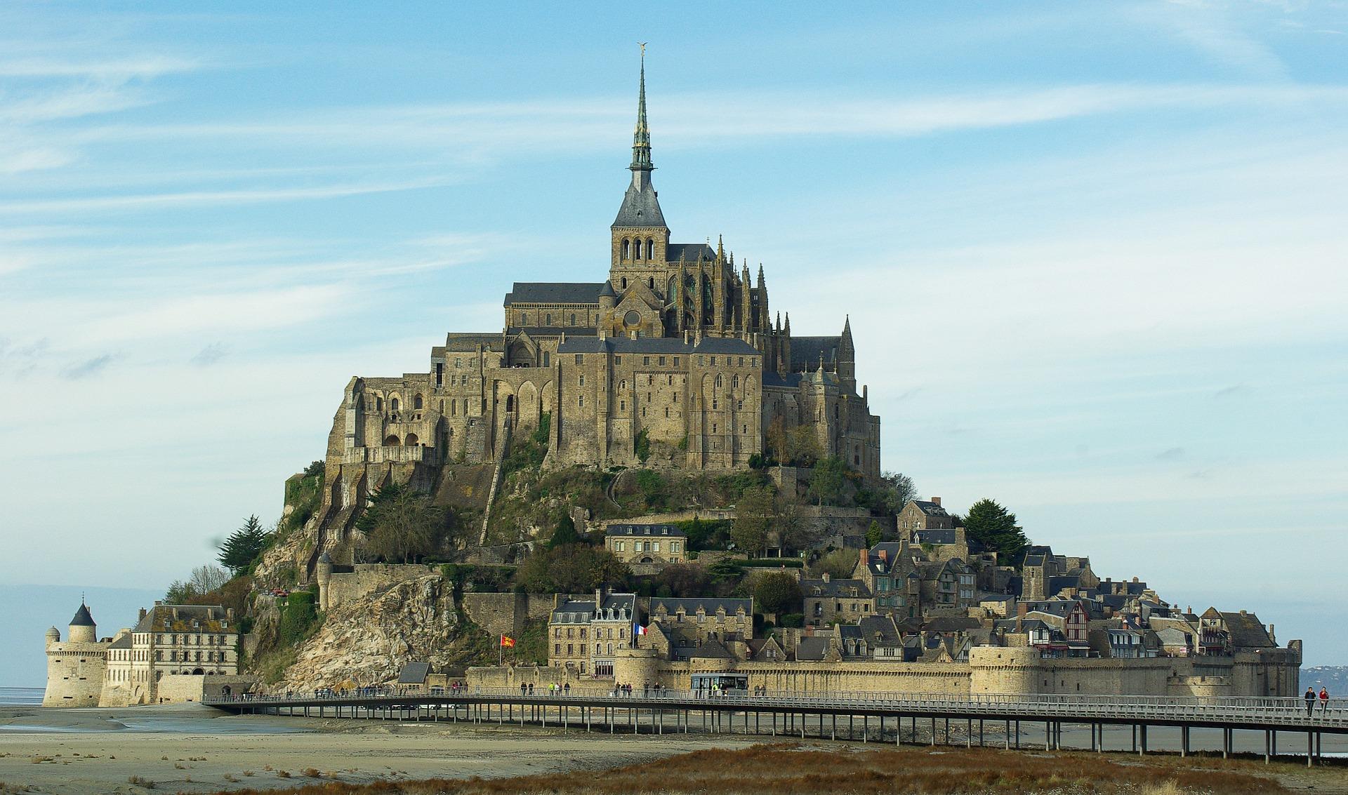 Le Mont St Michel attire le monde entier