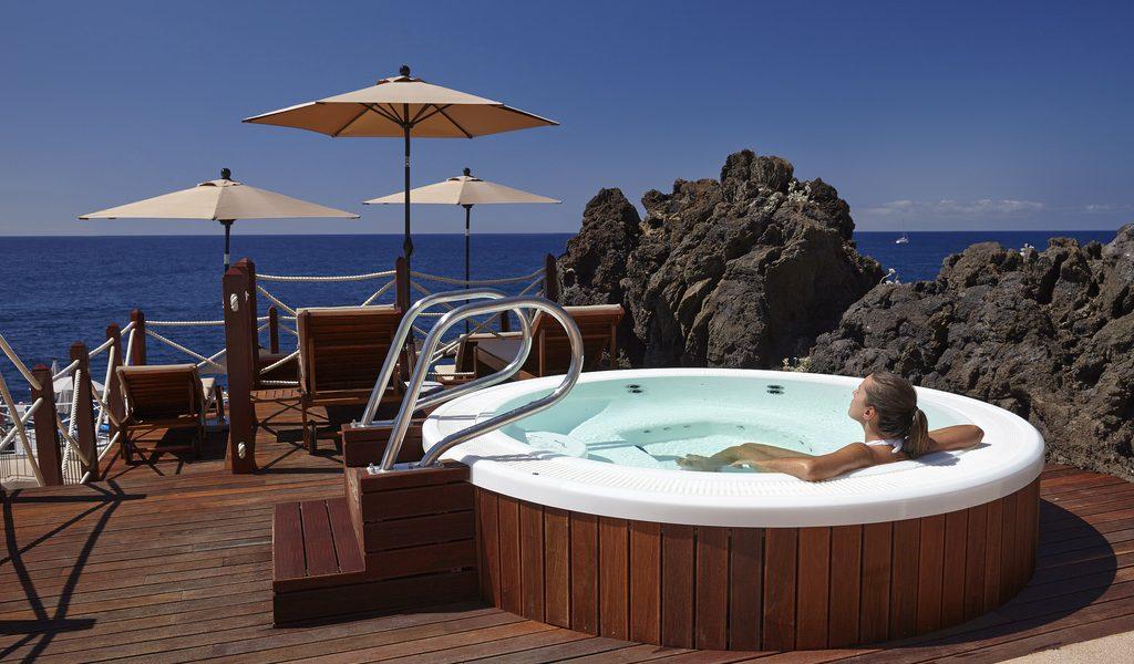 un spa pour 6 personnes pas cher
