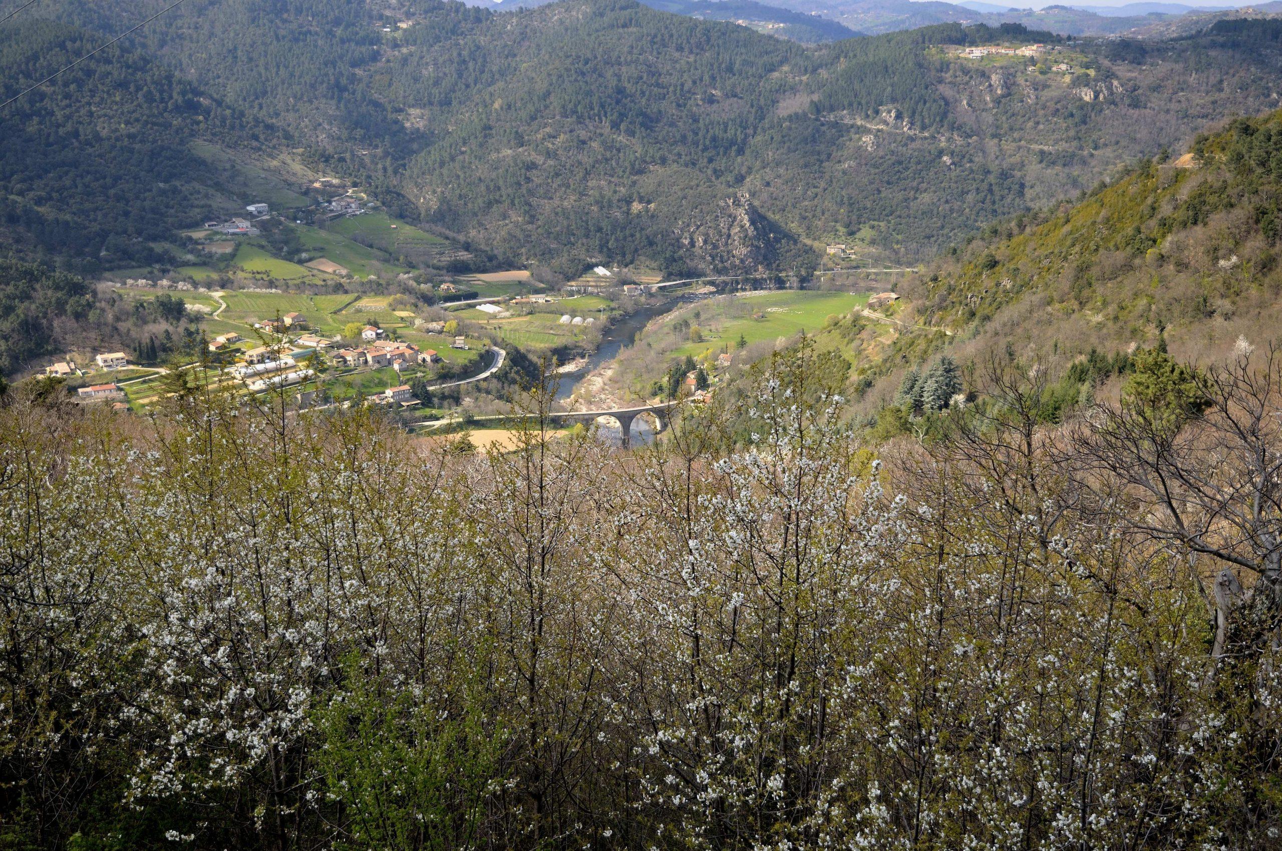 Découvrir la vallée de l'Eyrieux